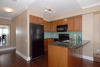 Kitchen - 2181 Yonge Street