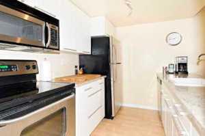 98 Redpath kitchen again